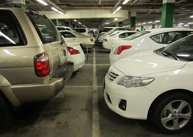 Для экономии и свободы передвижения в ОАЭ возьмите автомобиль в rent a car