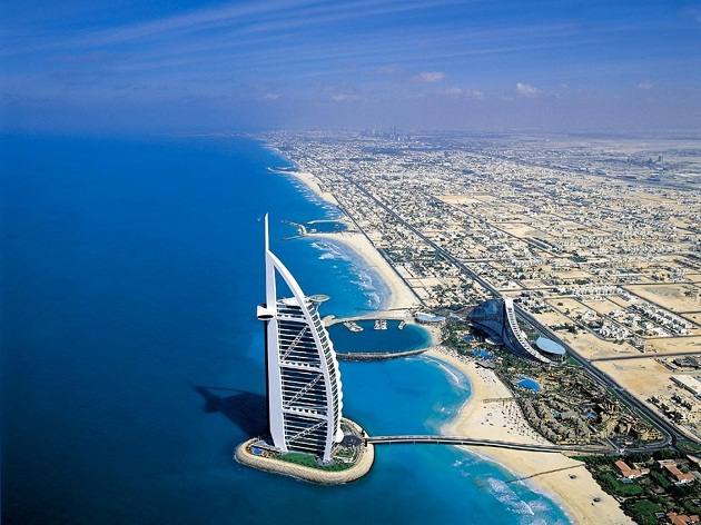 Белый песок, синее море и роскошный отдых ждут вас