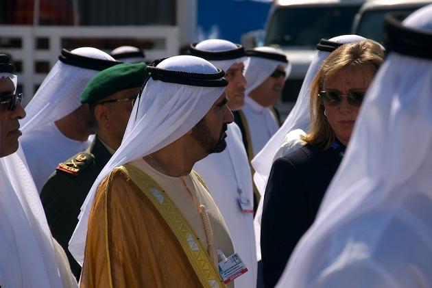Местные арабы ОАЭ в большистве это очень образованные и воспитанные люди