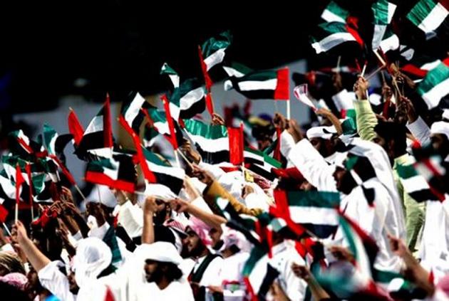 В Эмиратах проживает более 2 миллионов человек, среди которых местное население занимает меньше четверти от общего числа