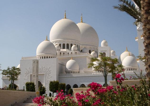 Мечеть Шейха Заеда в Абу Даби. Одно из чудес ОАЭ